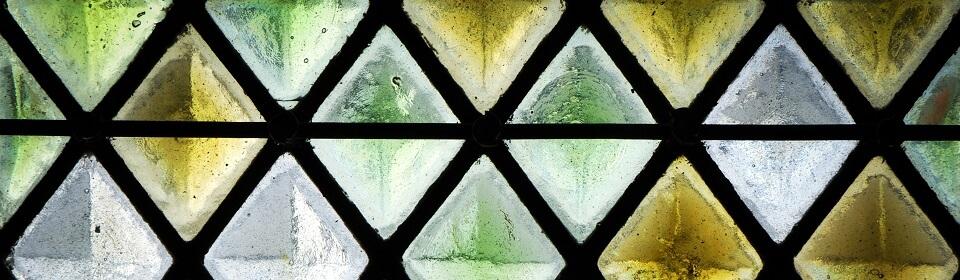 Glas in lood raam geplaatst door glaszetter Leiden